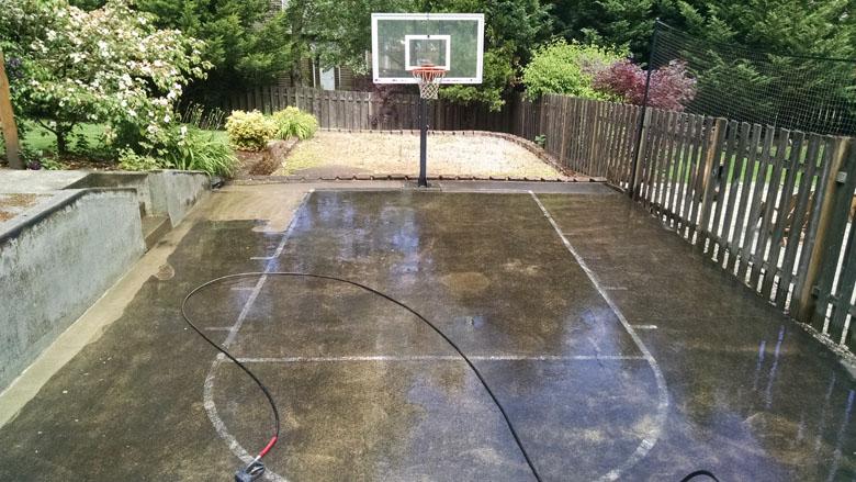 betts-family-sport-court-1
